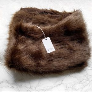 Badgley Mischka Faux Mink Stole Shawl NWT Brown 